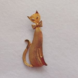 Gold Tone Cat Pin Kitten Kitty w/ Embellished Bow